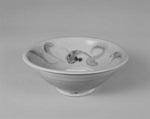 白磁鉄絵草花文鉢