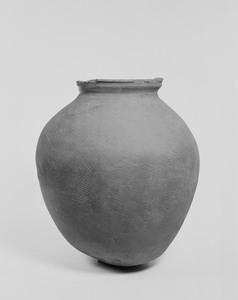 甕形土器(伝岡山県出土)