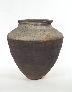 Jar (Excavated from a Tomb of Izumo-Ogitochi, Shimane)