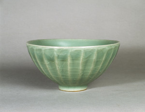 Bowl (Excavated from a Tomb of Izumo-Ogitochi, Shimane)