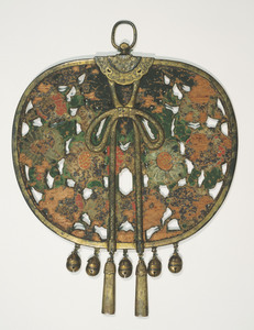 Keman (Pendant ornament in Buddhist sanctuary)