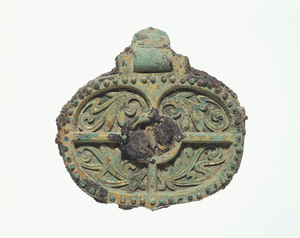Cheek plate of horse bit (Excavated from Tamaki-yama No.3 tumulus, Nara)