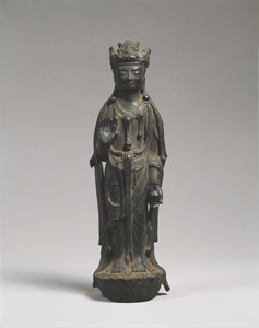 観音菩薩立像