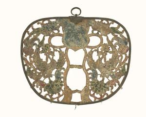 Keman (Pendant ornament in Buddhist sanctuary)