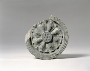 Round eaves-end tile (Excavated presumably from a temple site of Yamada, Nara)