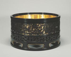 Binkake (circle for charcoal brazier)